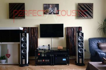 use of acoustic diffusers behind the speakers (3)
